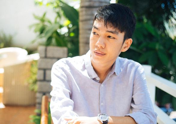 Nhà sản xuất âm nhạc Túy âm, Buồn của anh: sáng tạo từ tiệm internet - Ảnh 3.