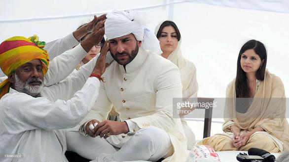 Sinh ra trong hoàng tộc, nhưng muốn làm sao Bollywood - Ảnh 2.