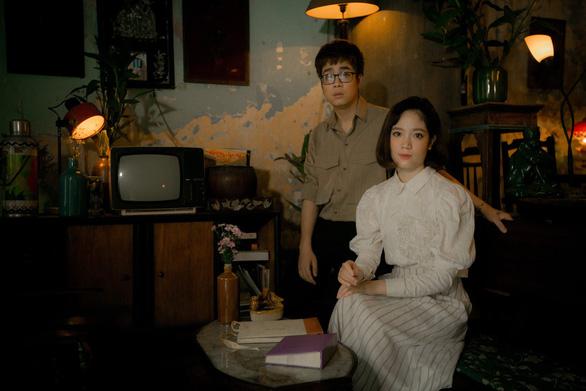 Ngày phụ nữ Việt Nam: Bùi Anh Tuấn cùng em gái hát tặng mẹ - Ảnh 3.