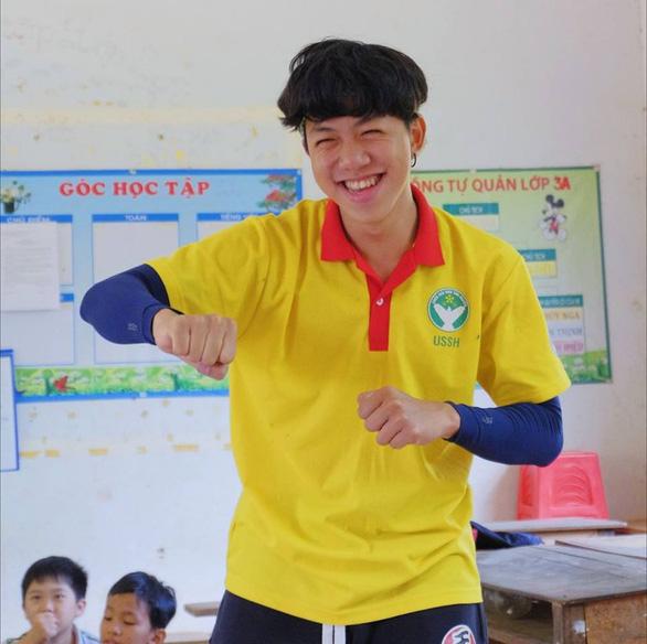 Gặp người nhỏ tuổi nhất chuyến tàu Thanh niên Đông Nam Á - Ảnh 5.