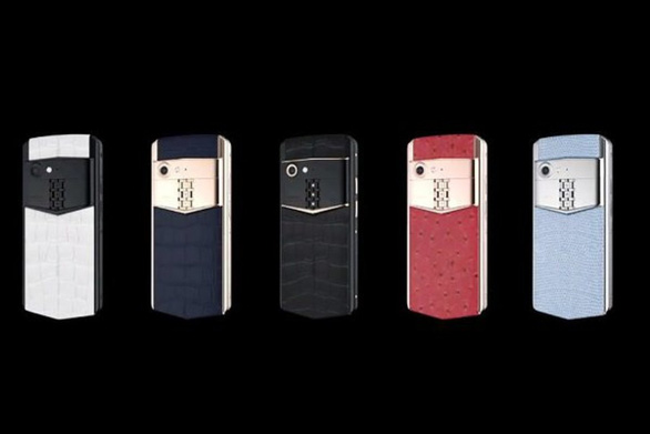 Tái xuất sau phá sản, Vertu 'tung' điện thoại 4 ngàn 'đô' - Ảnh 1.