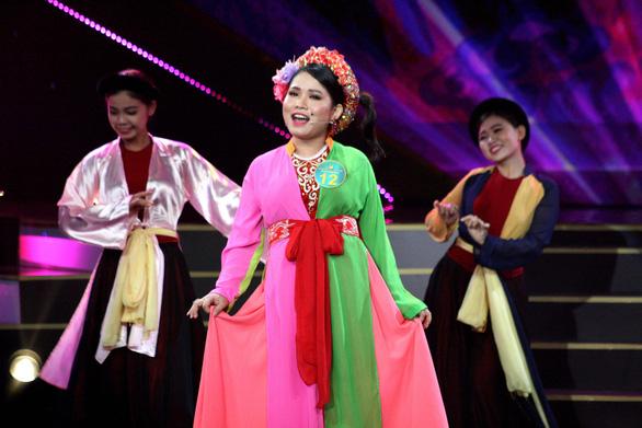 """Lâm Thị Kim Cương: """"Cô Cám"""" đoạt chuông vàng - Ảnh 1."""