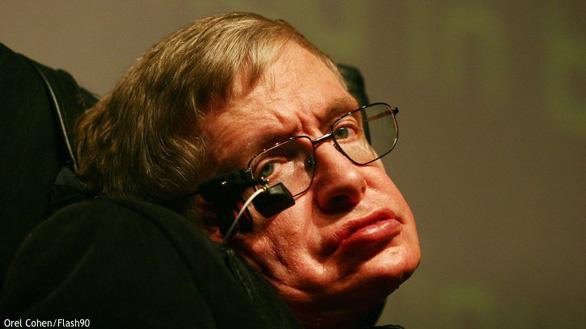 Nhà bác học Stephen Hawking: Chúa không tồn tại! - Ảnh 2.