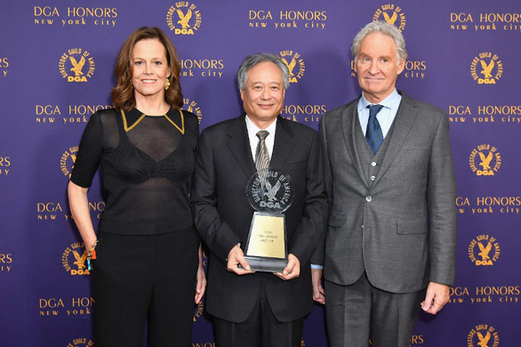 Đạo diễn Lý An nhận giải thưởng Thành tựu sự nghiệp của DGA, Mỹ - Ảnh 2.