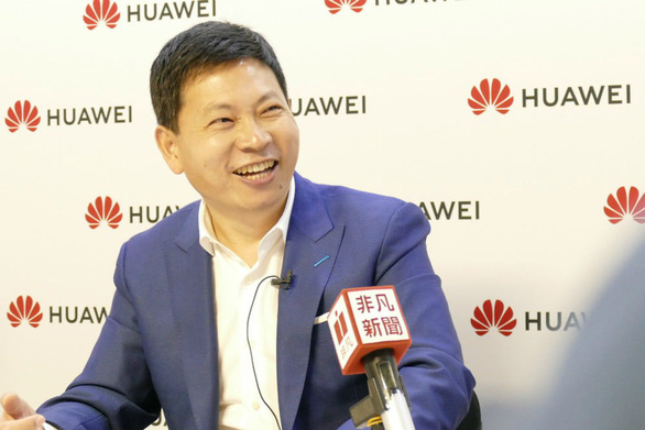 Huawei cũng đang phát triển smartphone 5G gập được - Ảnh 1.