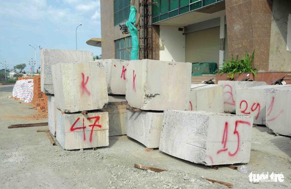 Mường Thanh Khánh Hòa cắt ngọn xong 3 tầng xây vượt - Ảnh 4.
