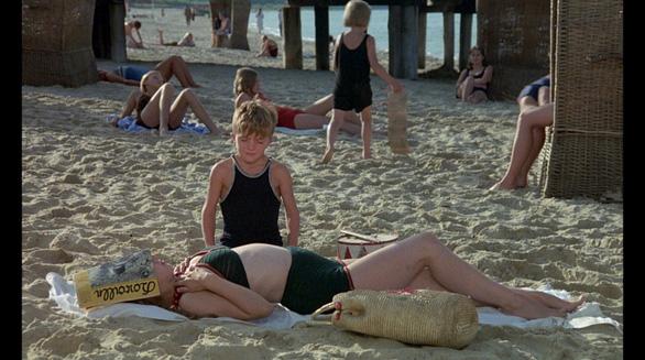 5 bộ phim có những cảnh nóng gây tranh cãi - Ảnh 7.