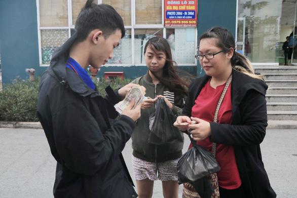 Sinh viên khởi nghiệp với nghề bán cơm online ở làng đại học - Ảnh 3.