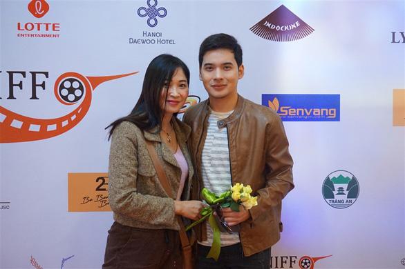 Diễn viên Philippines khóc vì phim được khán giả Việt khen - Ảnh 4.
