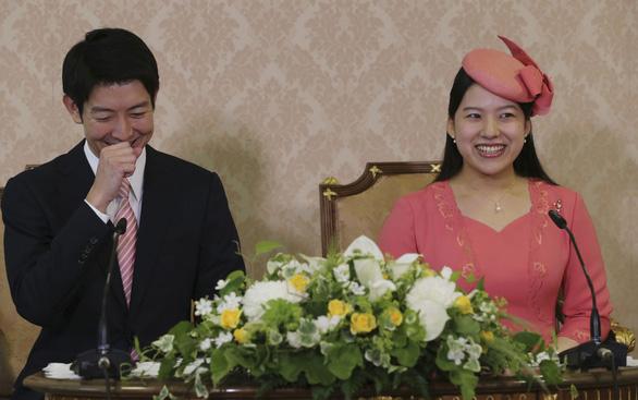 Hôm nay công chúa Nhật Bản lấy chồng là một thường dân - Ảnh 2.