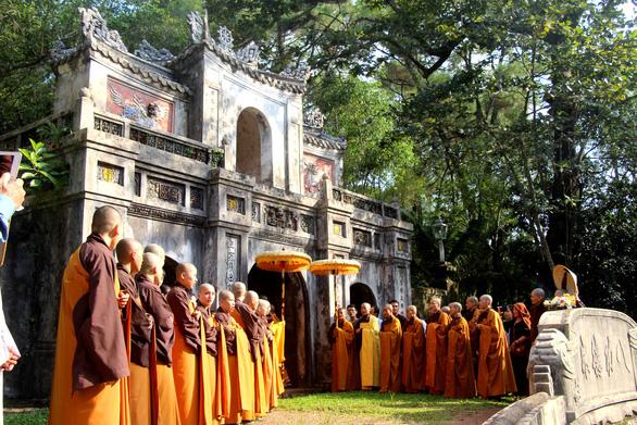 Thiền sư Thích Nhất Hạnh: Về nước để được sống nơi đất Tổ - Ảnh 1.