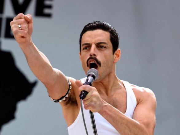 Đến hòn đá cũng phải nhún nhẩy và bật khóc cùng Bohemian Rhapsody - Ảnh 10.