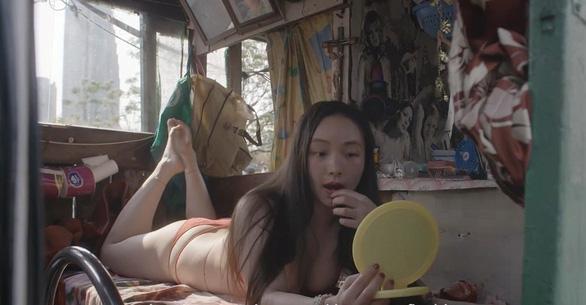 Phim về gái điếm cuồng dâm gây sốc tại Tokyo - Ảnh 5.