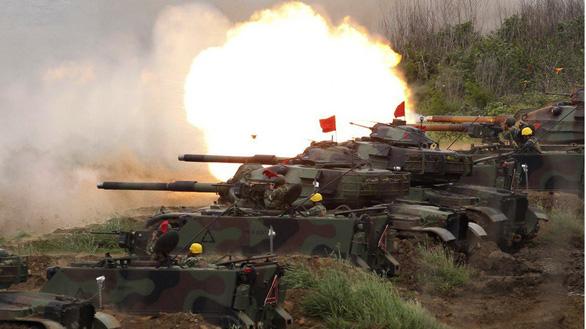 Mỹ thúc Đài Loan tăng chi quốc phòng ngừa xâm lược - Ảnh 1.