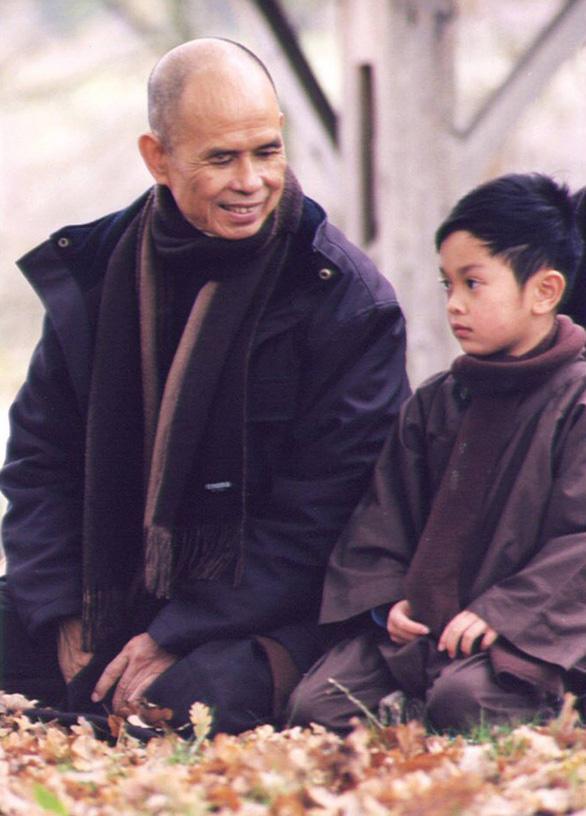 Nghe thiền sư Thích Nhất Hạnh kể chuyện trẻ  thơ - Ảnh 1.