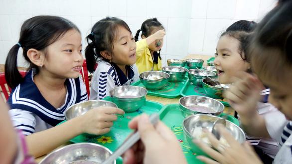 Dinh dưỡng mùa khai trường - Ảnh 1.