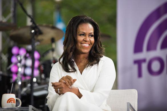 Michelle Obama tiết lộ đã thụ tinh trong ống nghiệm để sinh 2 con gái - Ảnh 1.