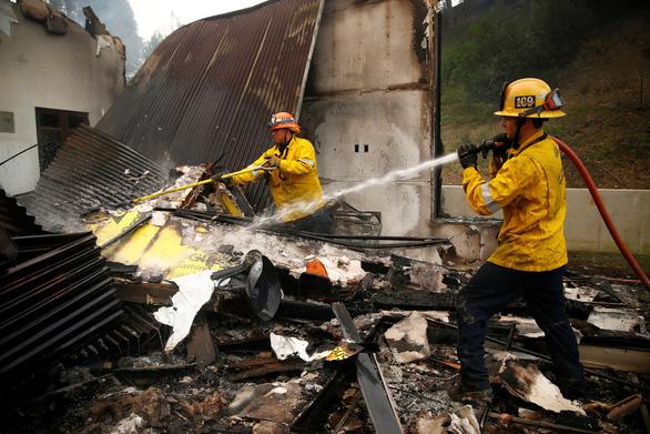 Mỹ: 23 người đã thiệt mạng do cháy rừng tại California - Ảnh 1.