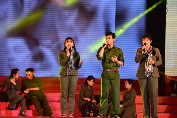Liên hoan tuyên truyền ca khúc cách mạng Khát vọng tuổi trẻ - Ảnh 2.