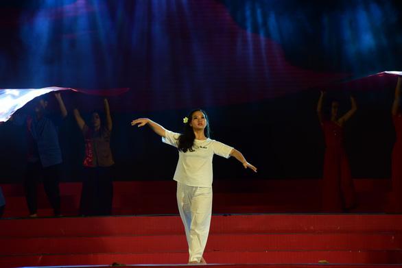 Liên hoan tuyên truyền ca khúc cách mạng Khát vọng tuổi trẻ - Ảnh 8.