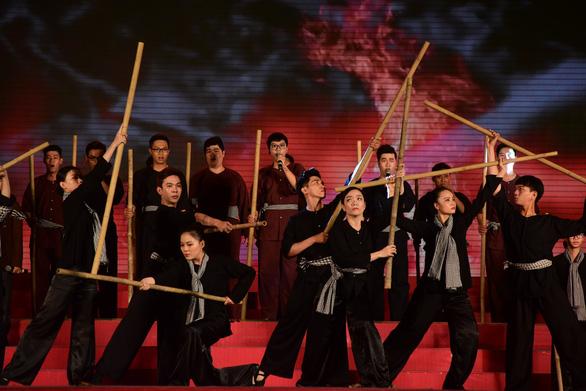 Liên hoan tuyên truyền ca khúc cách mạng Khát vọng tuổi trẻ - Ảnh 11.