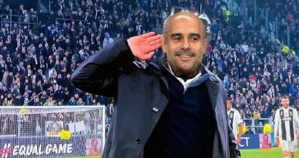 HLV Mourinho bị dân mạng chế giễu tơi tả sau trận thua Manchester City - Ảnh 2.