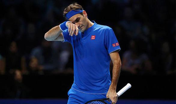 Thua trận mở màn ATP Finals, Federer giận dữ với trọng tài - Ảnh 1.
