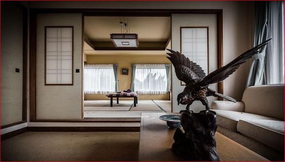Khách sạn sang thành khách sạn ma lớn nhất Nhật Bản - Ảnh 7.