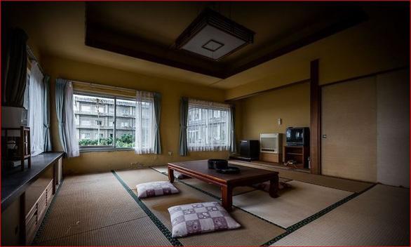 Khách sạn sang thành khách sạn ma lớn nhất Nhật Bản - Ảnh 8.