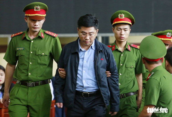 Công bố cáo trạng truy tố ông Phan Văn Vĩnh, Nguyễn Thanh Hóa - Ảnh 5.