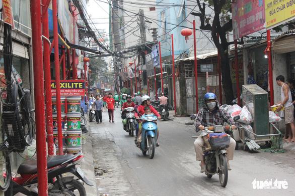 Hà Nội vừa đồng phục hóa thêm một tuyến phố - Ảnh 3.