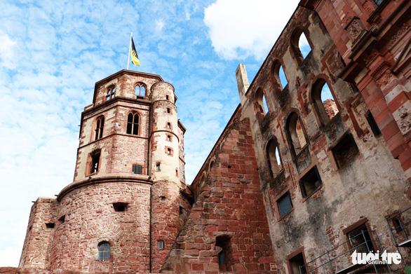 Theo chân du khách Việt khám phá thành phố cổ Heidelberg  - Ảnh 2.