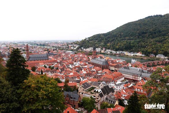 Theo chân du khách Việt khám phá thành phố cổ Heidelberg  - Ảnh 4.