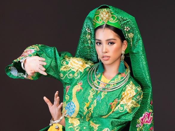 12-11: Facebook Sơn Tùng biến mất, MC Quyền Linh làm người mẫu - Ảnh 4.