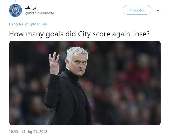 HLV Mourinho bị dân mạng chế giễu tơi tả sau trận thua Manchester City - Ảnh 3.