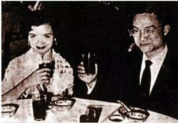 Đại hiệp đào hoa Kim Dung và những bóng hồng trong cuộc đời - Ảnh 3.