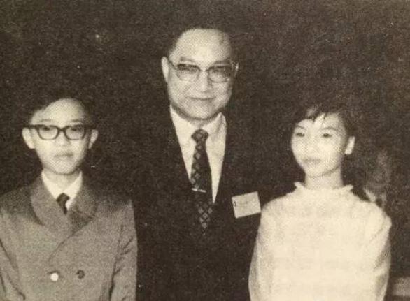 Đại hiệp đào hoa Kim Dung và những bóng hồng trong cuộc đời - Ảnh 5.