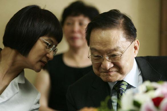 Đại hiệp đào hoa Kim Dung và những bóng hồng trong cuộc đời - Ảnh 6.