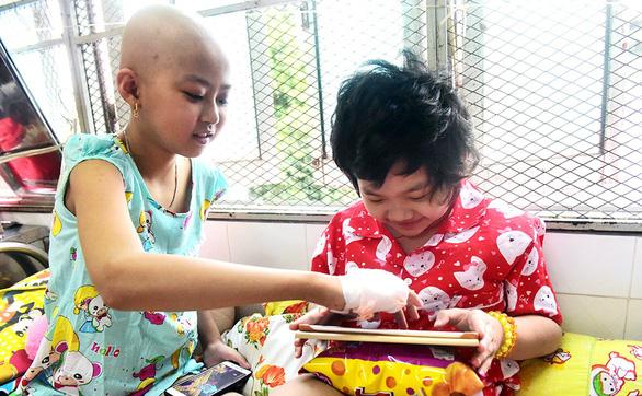 Những đứa trẻ ở phòng bệnh 303 - Ảnh 1.