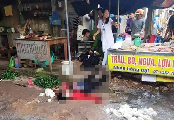 Bị bắn liên tiếp đến chết khi đang bán đậu phụ trong chợ - Ảnh 1.