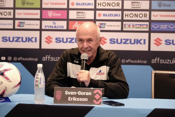 HLV Eriksson cảm thấy... cực đã sau trận thắng Singapore - Ảnh 1.