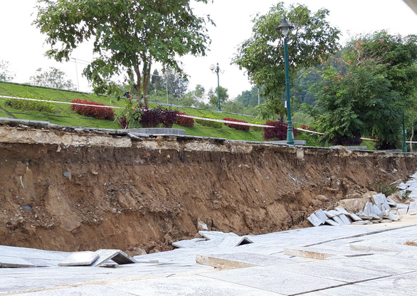 Công trình kè đê sông Mã trăm tỉ sụt lún nghiêm trọng - Ảnh 3.