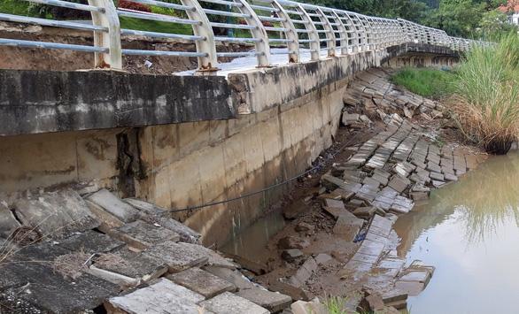 Công trình kè đê sông Mã trăm tỉ sụt lún nghiêm trọng - Ảnh 2.