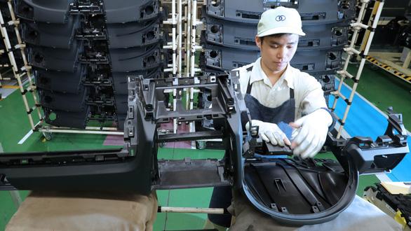 Nhật Bản dự kiến tiếp nhận tới 340.000 lao động nước ngoài - Ảnh 1.