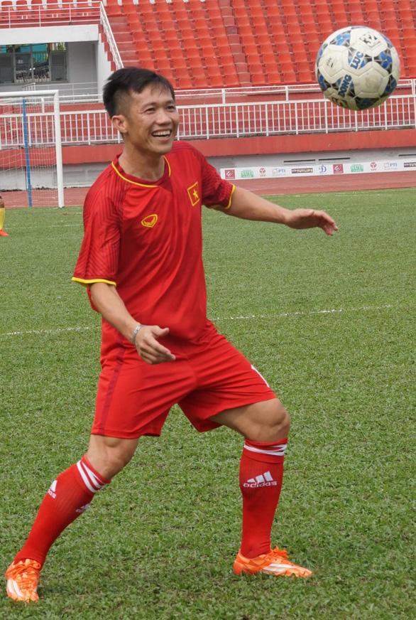 Những nhà vô địch 2008: 'Việt Nam có thể hạ Malaysia' - Ảnh 5.