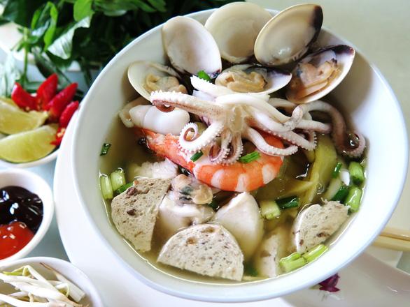 Phở đậu bo hải sản dễ ghiền - Ảnh 1.