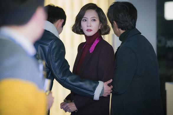 Phim 19+ của Kim Nam Joo cắt hết cảnh nóng lên sóng HTV2 - Ảnh 4.