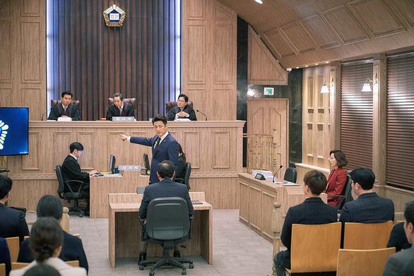 Phim 19+ của Kim Nam Joo cắt hết cảnh nóng lên sóng HTV2 - Ảnh 6.