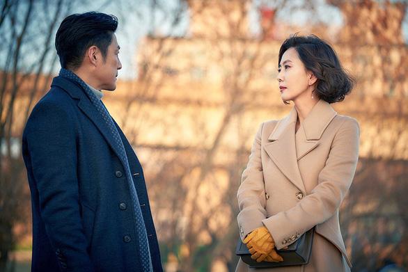 Phim 19+ của Kim Nam Joo cắt hết cảnh nóng lên sóng HTV2 - Ảnh 7.