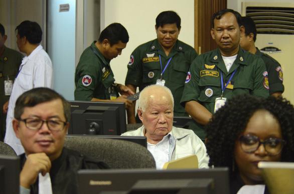 Lần đầu tiên các cựu thủ lĩnh Khmer Đỏ bị tuyên án diệt chủng - Ảnh 1.